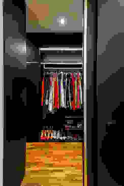 Interlace Modern style bedroom by Summerhaus D'zign Modern