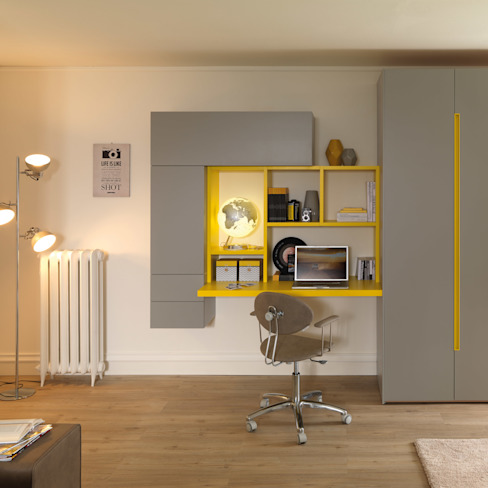 Moretti Compact Modern style bedroom