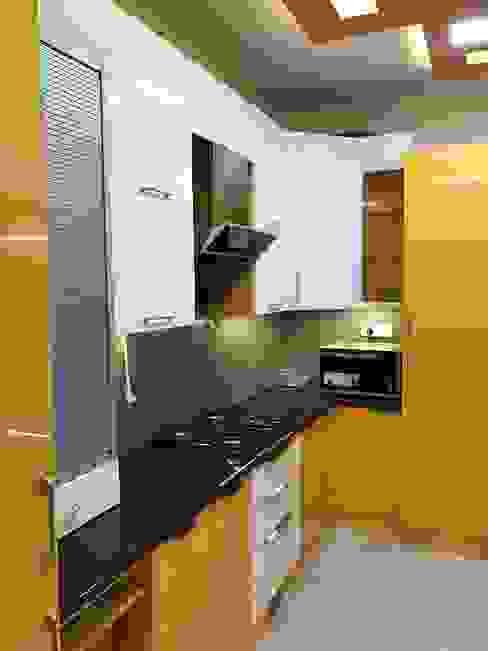 12 Square Interiors Cucinino Compensato Giallo