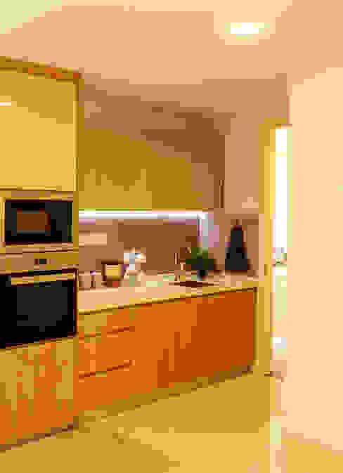 HR Residence Modern style kitchen by MZH Design Modern