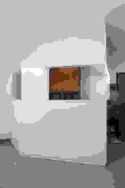 Vista frontal por AA.Arquitectos
