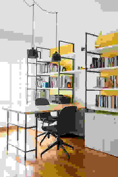 Apartamento t3 no centro de lisboa Traço Magenta - Design de Interiores Escritórios industriais