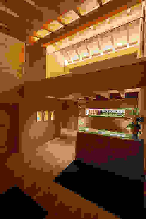 Sichtdachstuhl in Szene gesetzt von Skapetze Lichtmacher Landhaus