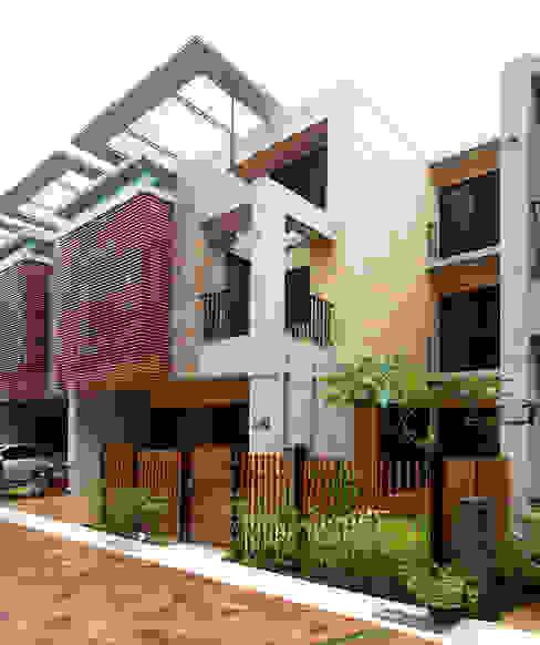 木耳生活藝術-建築設計暨室內設計/雲居蔚藍 木耳生活藝術 現代房屋設計點子、靈感 & 圖片 實木