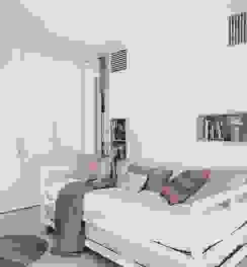 Reforma integral de una vivienda Unifamiliar en Barcelona - Dormitorio Infantil MOSERMURARQUITECTURA S.L.P. Dormitorios infantiles de estilo moderno Tablero DM Blanco