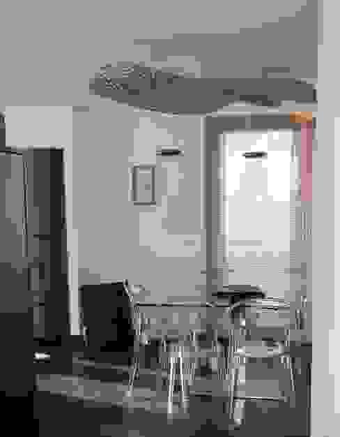Appartamento in montagna TREZZI INTERNI SNC DI TREZZI FAUSTO, FRANCESCO E DARIO Sala da pranzo moderna
