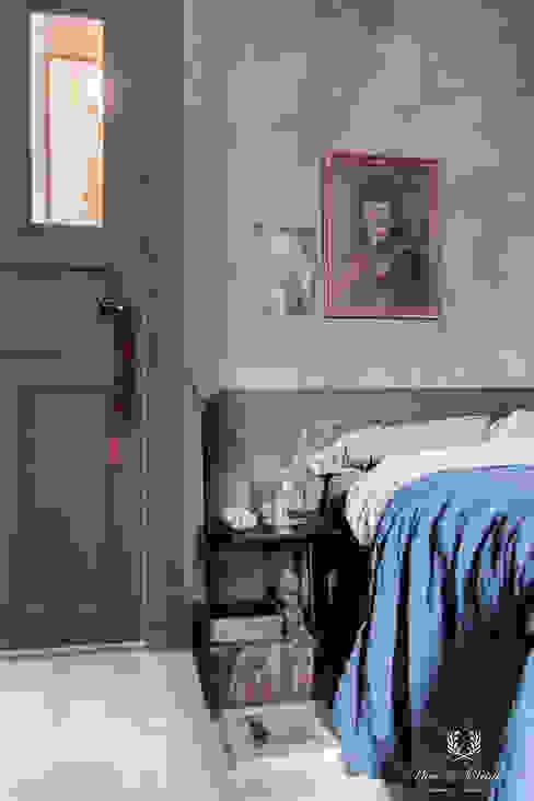 Aubergine Fresco Krijtverf Pure & Original Eclectische slaapkamers van Pure & Original Eclectisch