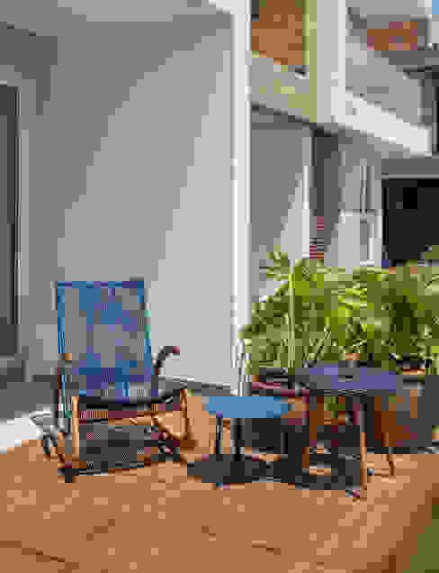 arquiteta aclaene de mello Balcony Керамічні Синій