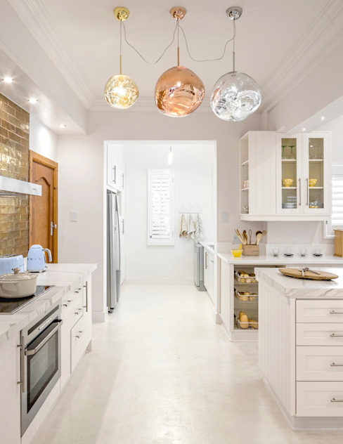 High-end Kitchen Renovation in Houghton Deborah Garth Interior Design International (Pty)Ltd Modern kitchen