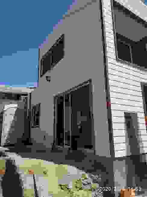 Casa en la herradura de Coquimbo Casas de estilo mediterráneo de Constructora Alonso Spa Mediterráneo