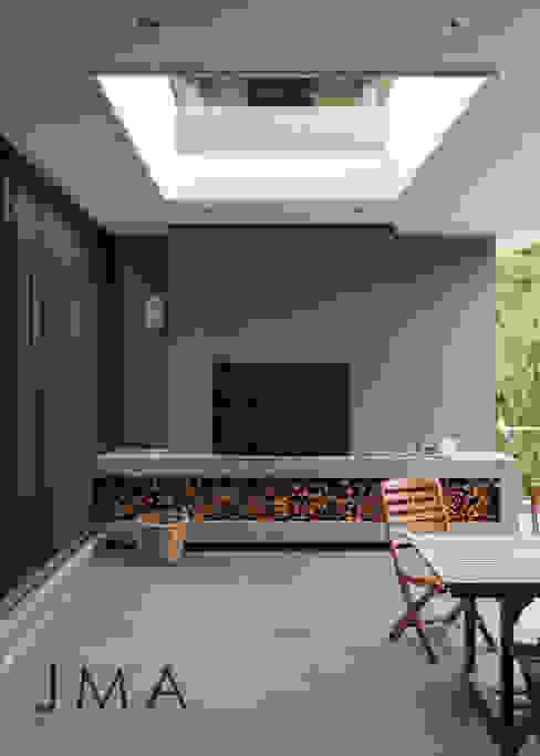 Welgedacht Villa - Exterior Living & Braai by Jenny Mills Architects Modern