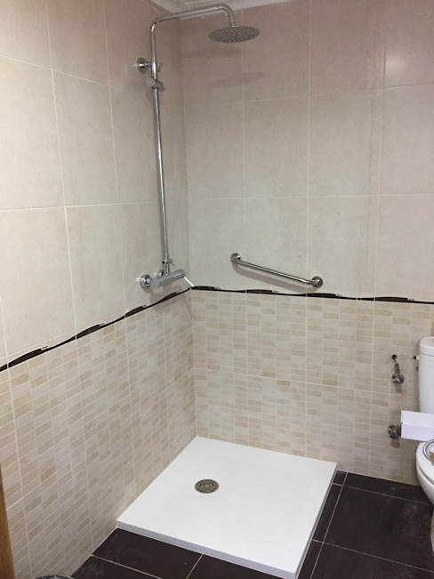 Plata ducha esquina 80x80 de CONREFMAN