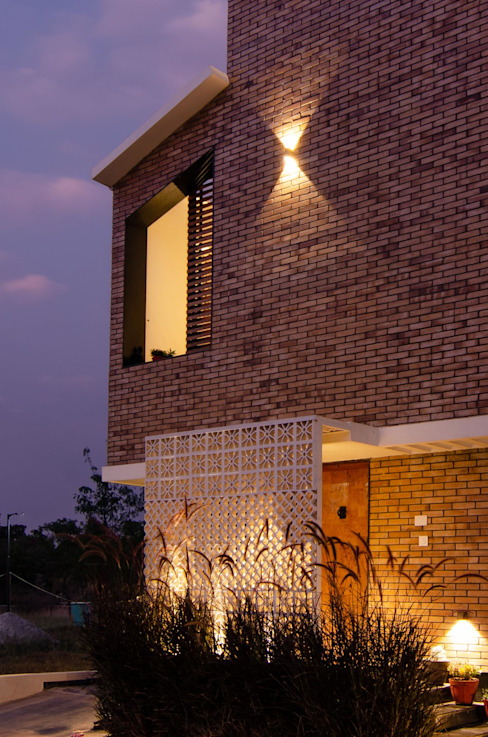 Facade Modern houses by Ideation Design Modern Bricks