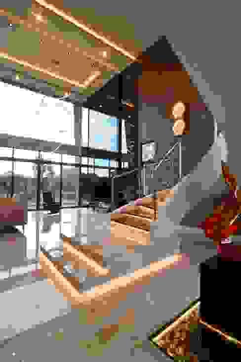 MDD DESIGN SDN BHD Modern living room