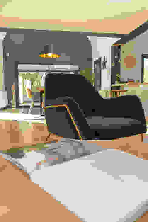 MISS IN SITU Clémence JEANJAN Salones modernos Madera Azul