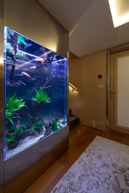 MELIK LUXURY Aquarium Gimnasios en casa de estilo moderno