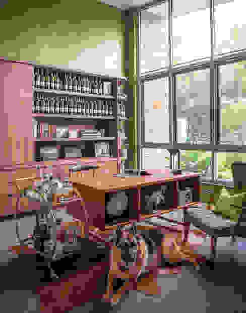 Mid-century Home Office Design Intervention Modern study/office