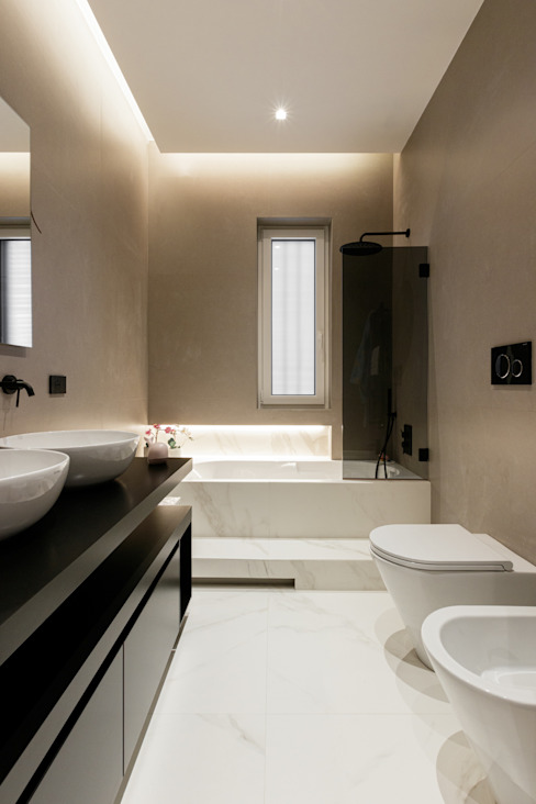 AT+C ARCHITECTURE & DESIGN Modern bathroom Marble White