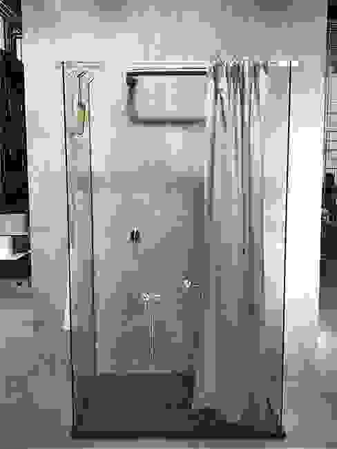 Tessuti idrorepellenti per tende doccia AISI Design srl Bagno moderno Grigio