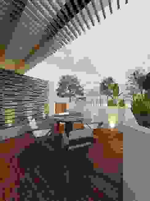 Imagen previa de Render Terraza con pergolado de madera y muro lloron de fachaleta de piedra volcanica MSG Architecture SA DE CV Balcones y terrazas minimalistas Concreto Blanco