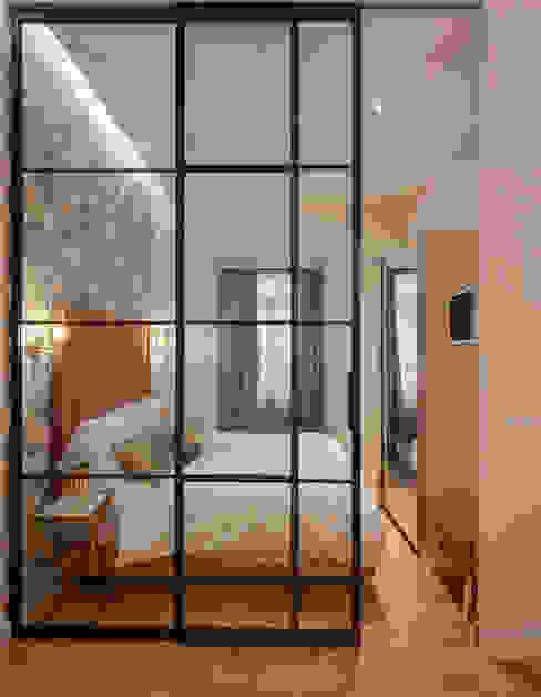 WINK GROUP Industrial style bedroom Iron/Steel Black