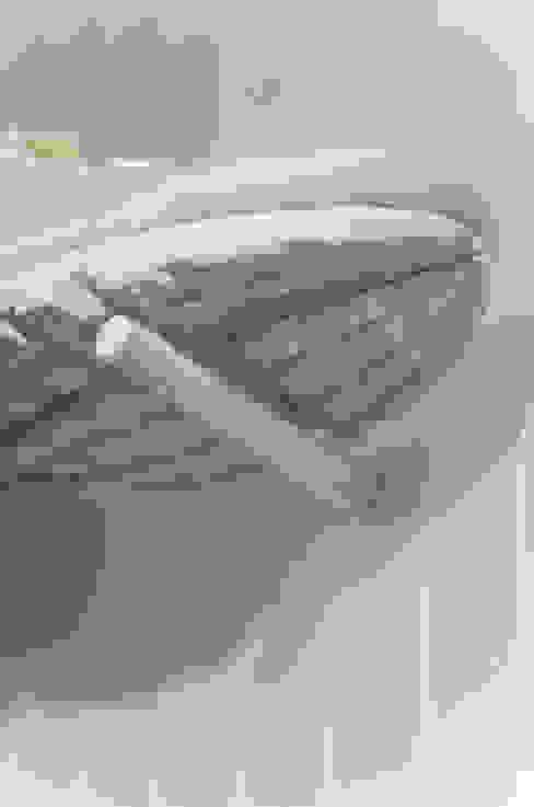 Detail der Sneaker Präsentation Studio DLF Moderne Ladenflächen