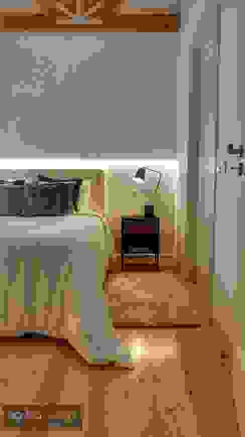 Quarto de Casal preto e branco Quartos minimalistas por Aadna.Design Minimalista