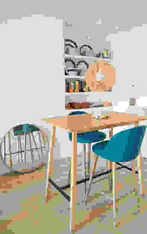 El comedor essencia.arquitectura Comedores de estilo moderno Acabado en madera