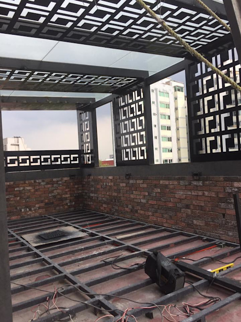 Modern Balkon, Veranda & Teras NATALIA MENACHE ARQUITECTURA Modern