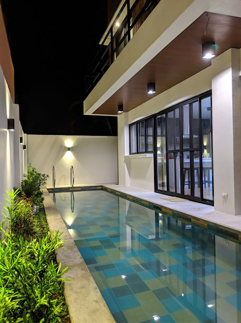 A night swim is also an inviting option JAAL Builders Pool