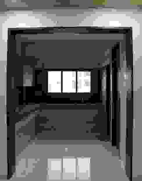 Kitchen : minimalist  by Monoceros Interarch Solutions,Minimalist