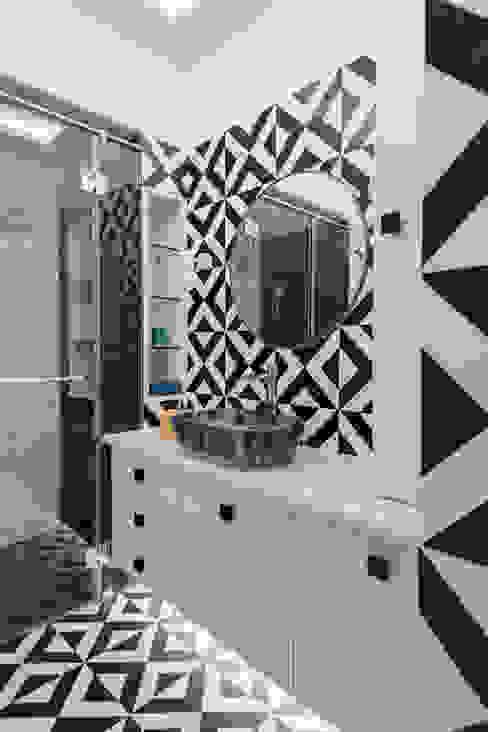 Children's Bathroom The Artisanal Story Modern bathroom Tiles Black