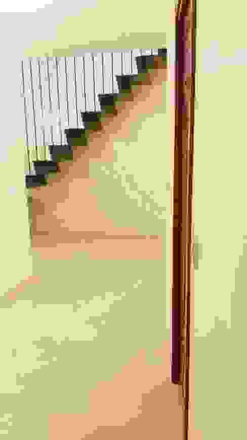 Scala di antonio felicetti architettura & interior design Moderno Ferro / Acciaio