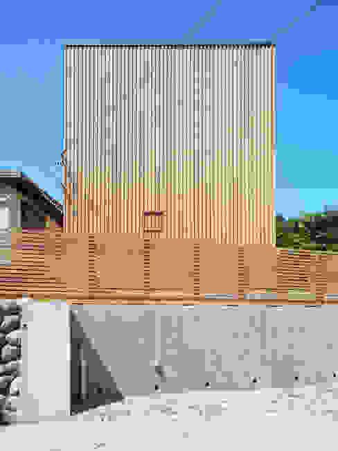 愛宕山の家 外観 おかやま設計室 北欧風 家 木 木目調