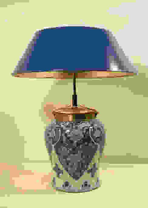 Klassische Leuchten mit Handlackschirme Klassische Wohnzimmer von Atelier Winter & Partner Klassisch