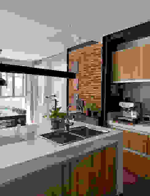 Modern Villa, Cainta Rizal OASIS Design Studio Kitchen