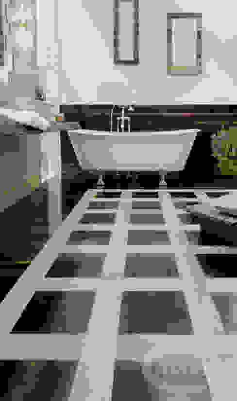 Pear & Walnut Modern bathroom by Cadorin Group Srl - Italian craftsmanship Wood flooring and Coverings Modern
