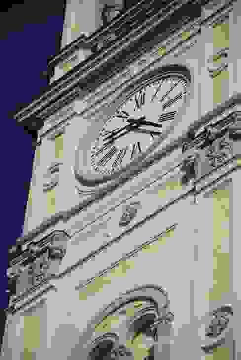Dettaglio orologio C.M.E. srl Case moderne