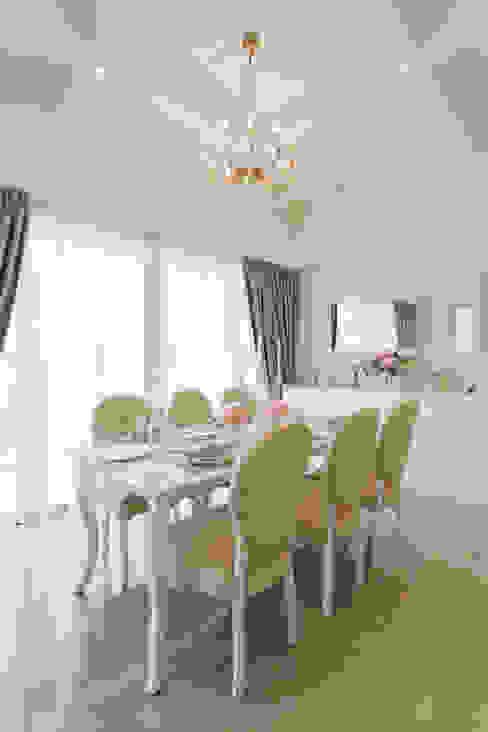RiverSail Penthouse Mr Shopper Studio Pte Ltd Classic style dining room