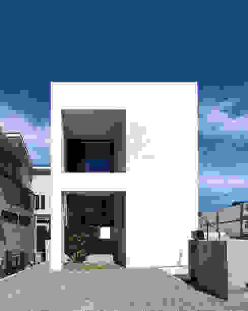 モダンデザイン長寿命なZEH ゼロエネルギー住宅 一級建築士事務所 Kenso Architects モダンな 家
