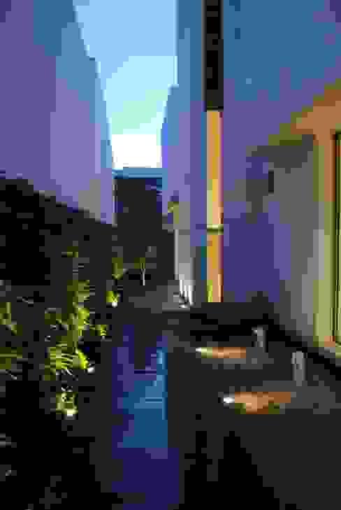 CASA KOMODO Taller 4 Arquitectura de Autor Estanques de jardín