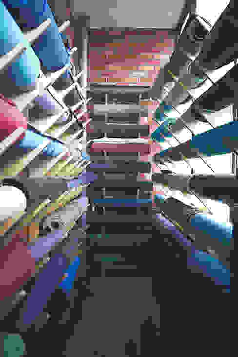 요가매트걸이 모던스타일 피트니스 룸 by 디자인모리 모던 솔리드 우드 멀티 컬러