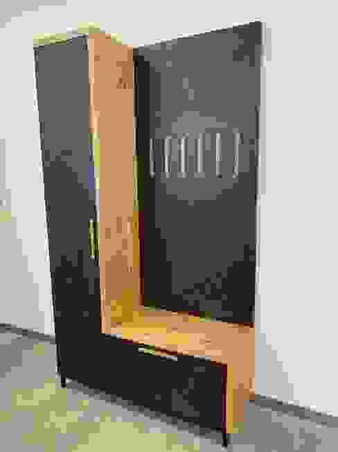 Mobile Ingresso lab58 Ingresso, Corridoio & Scale in stile moderno Legno Nero