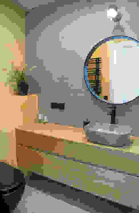 HD Arquitectura d'interiors Banheiros minimalistas Concreto Amarelo
