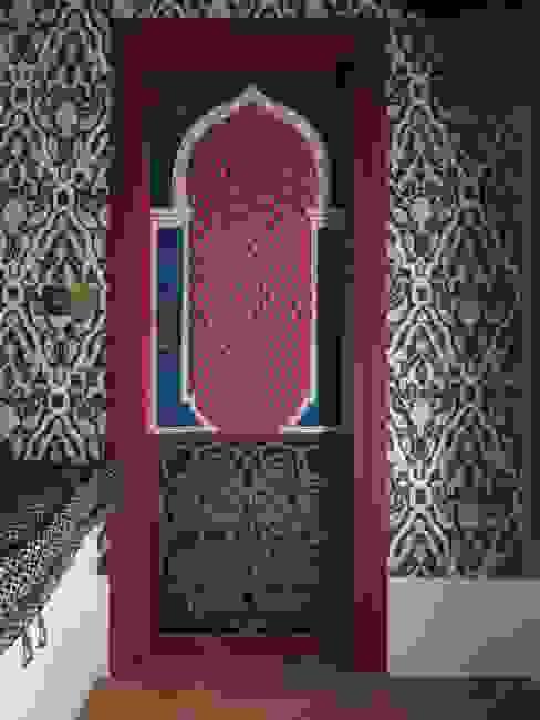 Porta decorata. erica de rosa, dipinti, affreschi, trompe l'oeil, decorazioni - Venezia Camera da letto in stile classico