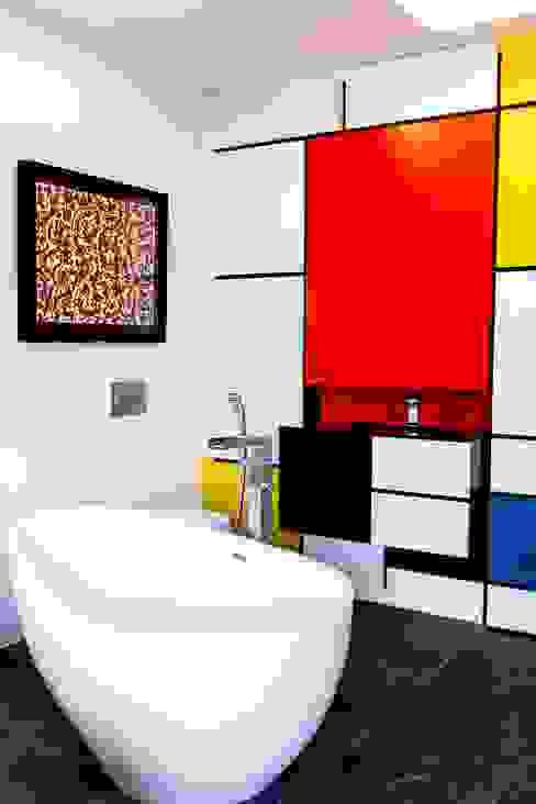 BAÑO ABIERTO IMAGINEAN Baños de estilo moderno Multicolor