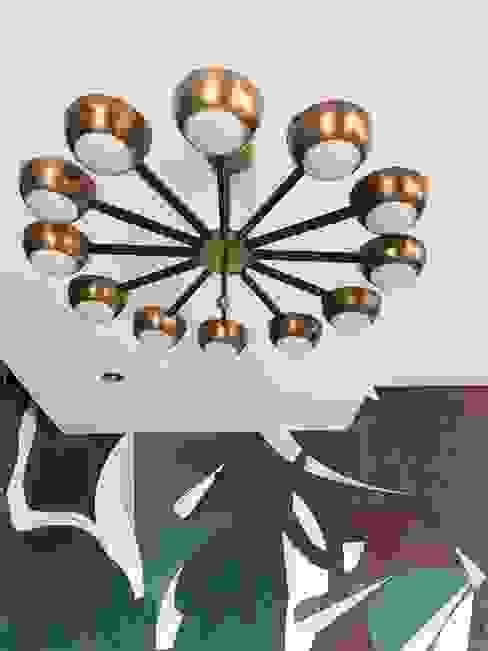 Dettaglio soffitto Studio Zay Architecture & Design Sala da pranzo eclettica Rame / Bronzo / Ottone Ambra/Oro