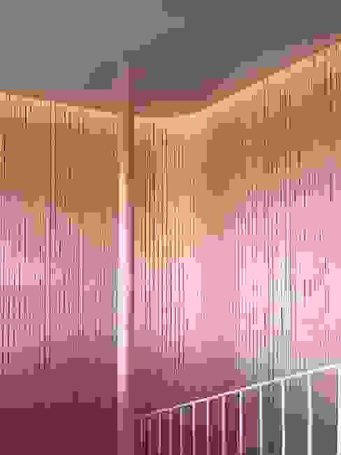 Scala di Studio Zay Architecture & Design Eclettico Legno Effetto legno
