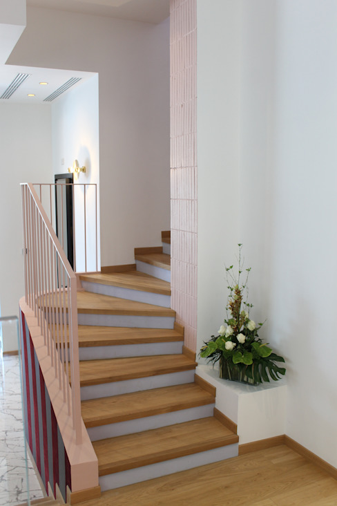 Studio Zay Architecture & Design Stairs Wood Pink