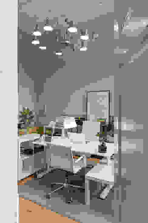 Solar da Avenida André Dias Araújo - Arquitetura e Design Escritórios modernos